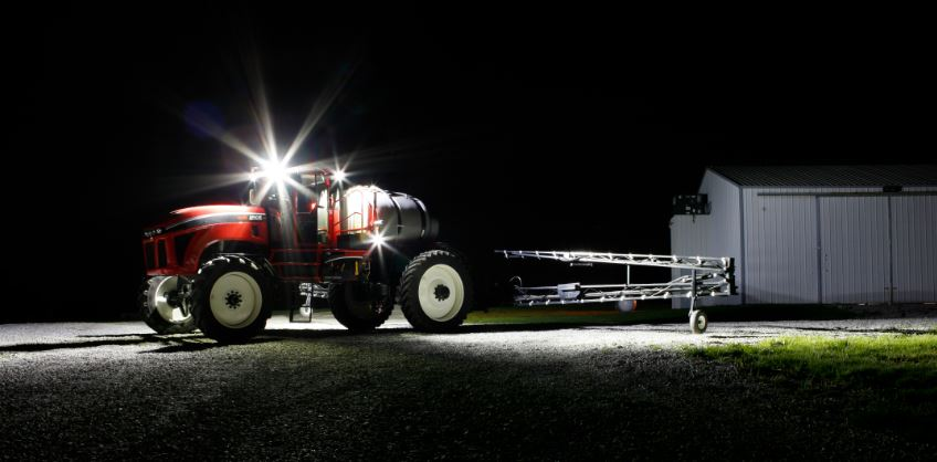 Grote-High-output-LED-lighting-package-Apache-Sprayer